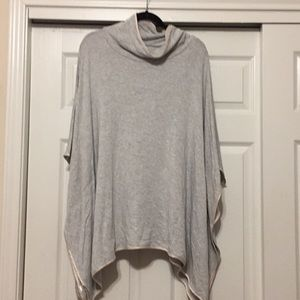 Loft XS/S Funnel Neck Poncho. Gray W Cream Accents